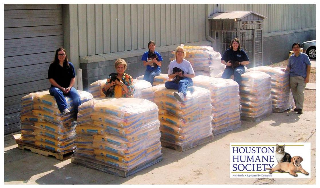 Houston Humane Receives 10K Pounds of Dog Food