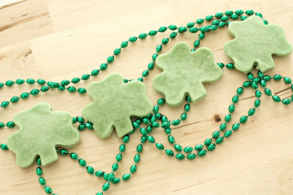 4_Leaf_Clover_Biscuits