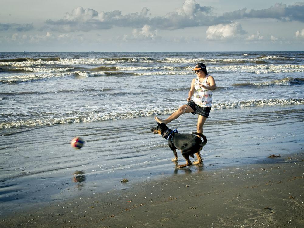 Beach Bum Contest Starts October 1, 2020